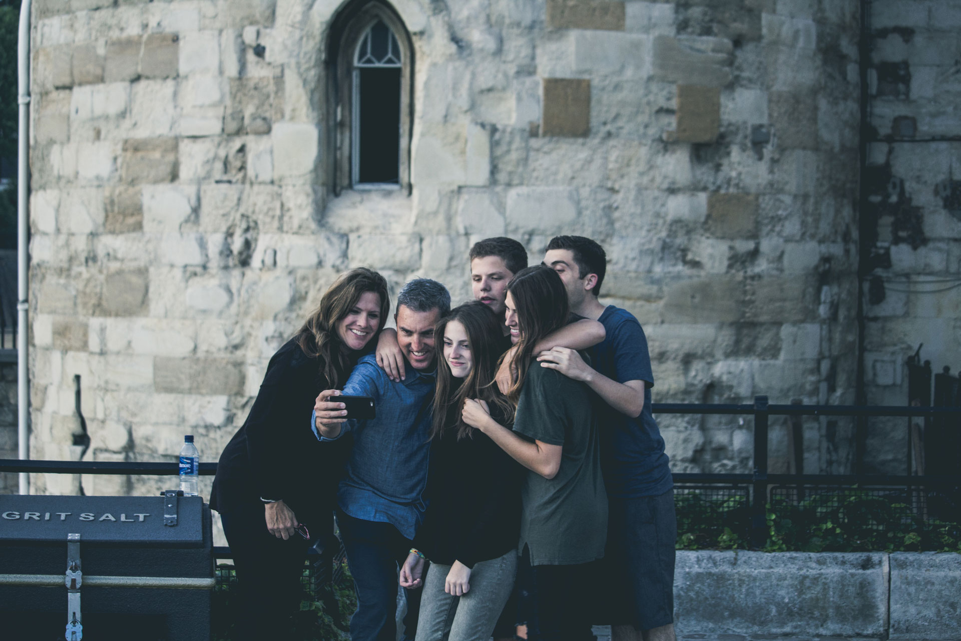 Supporting family to get deposit for house